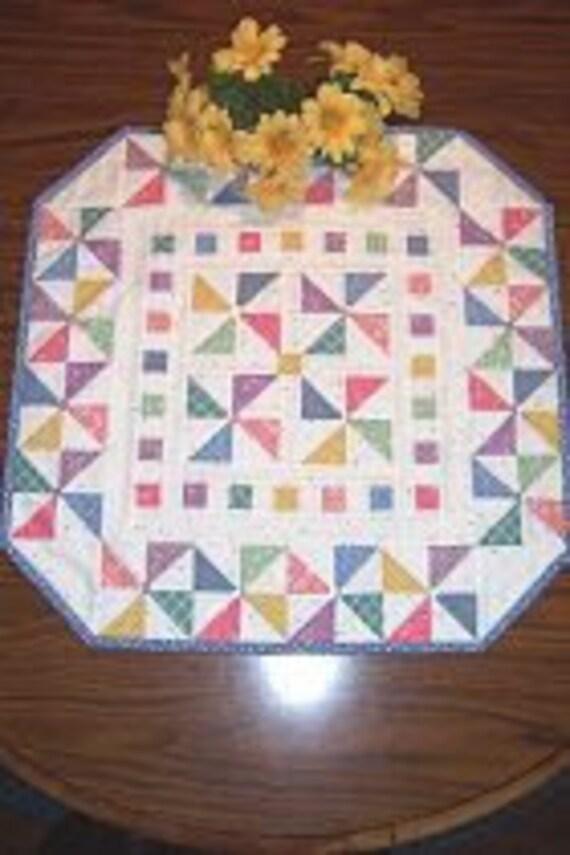 "Pinwheels Aplenty ""Little Quilt"" Pattern"