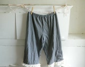 Upcycled bloomers, gray grey jersey, shabby chic, bohemian gypsy, rustic farmgirl, size small