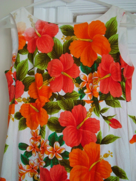 HOLD~Vintage Floral White Hawaiian Maxi Dress with Pink and Orange Hibiscus Print- Sized Small