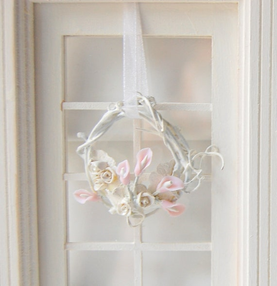 Dollhouse Miniature Shabby Chic Calalily Wreath