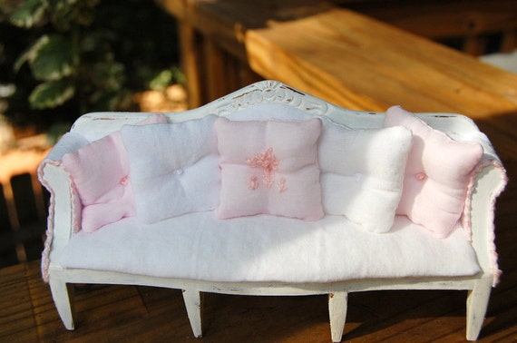 Dollhouse Miniature Shabby Chic Distressed Pink and White Sofa