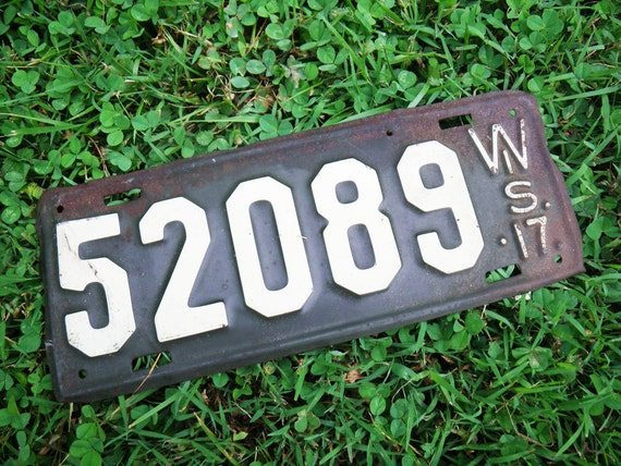 Vintage Car License Plate Wisconsin 1917 Price Reduced