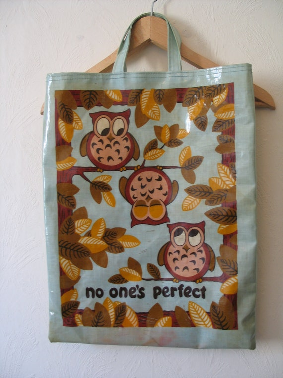 Pretty and practical 1970s PVC owl tote bag