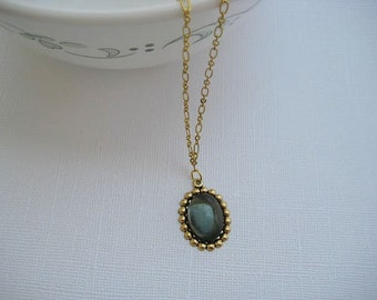 Beaded edge oval cabochon pendant necklace
