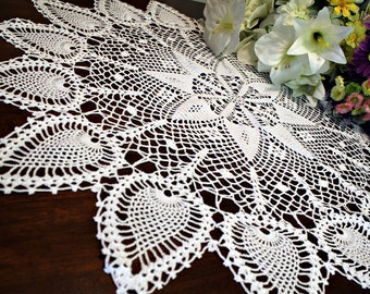 Lovely  Crochet Round Tablecloth