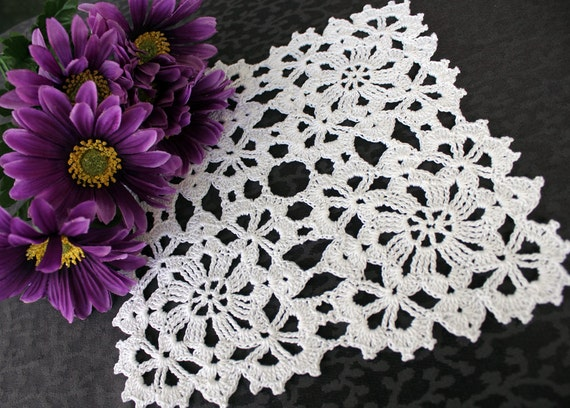 Mini Flower doily