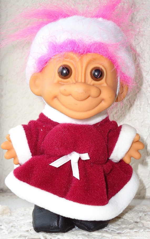 "RUSS TROLL RUSSIA girl pink hair 5"" Grandma's Estate Sale Collection vhtf Good item Around the World"