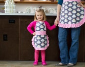 Cute Frilly Aprons - Mother Daughter Set Pink Cupcakes