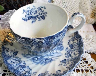 TERESAS TEACUP Tea Time Note Card With or Without Scripture From Psalm 32:11 or Personalize Your Own Verse Blue & White Vintage China