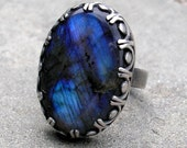 Handmade Labradorite and Sterling Silver Ring with Fancy Bezel US size 6
