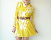 Vintage 80's Bright Yellow Floral Iridescent Animal Print Mini Dress Strong shoulders Large/X-Large