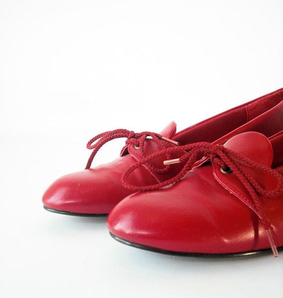 Lipstick Red MOD Slip On Lace Up Bow Tie Loafer Flats 7 37.5