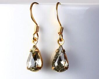 Estate style black glass dangle earrings (206) - Flat rate shipping