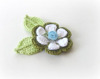 3 D  White, Forrest Green, Blue  Crochet Flower