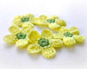Fairytale Crochet Flowers 5 pieces, Yellow, Green