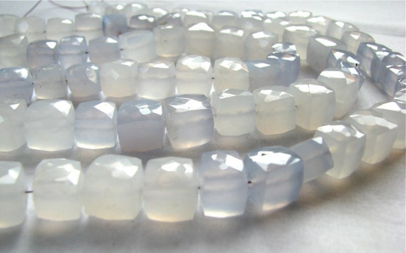 "RARE NATURAL German Holly blue Chalcedony faceted cubes, 4.5"" inch strand, 13 gemstone beads 8.5mm - 9.5mm"