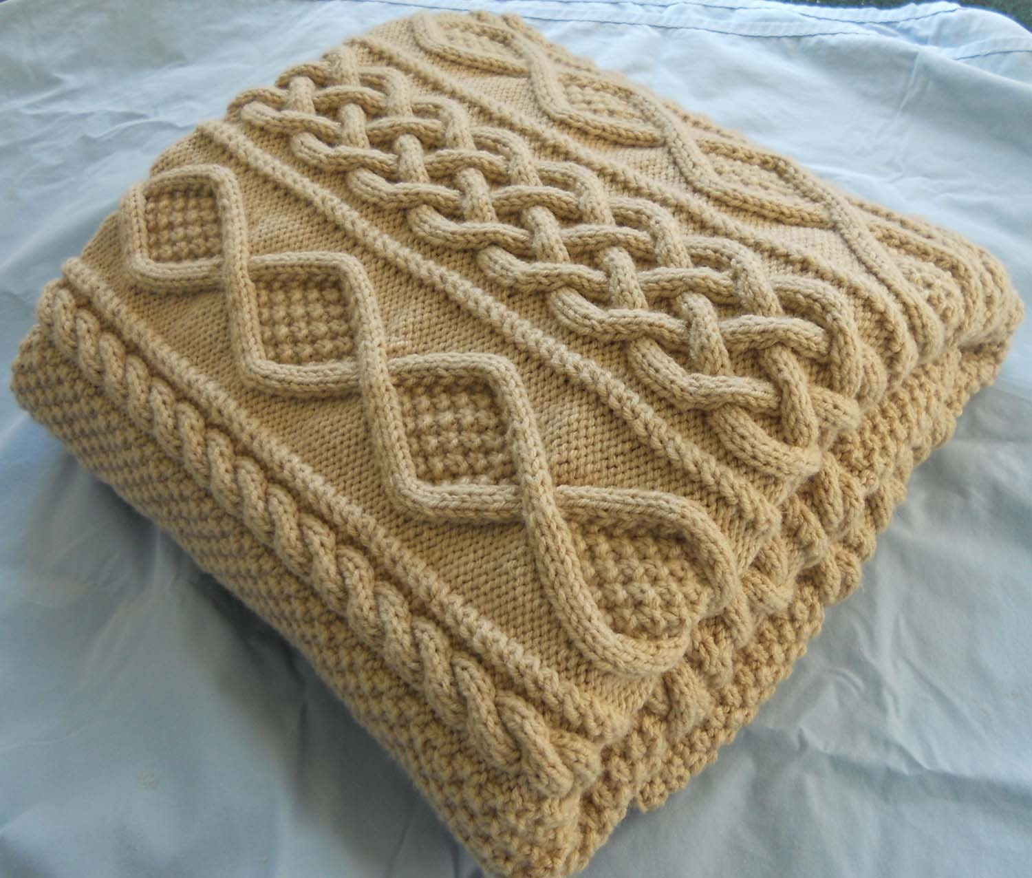 Hand Knitting Blankets : Lace hand knit blanket