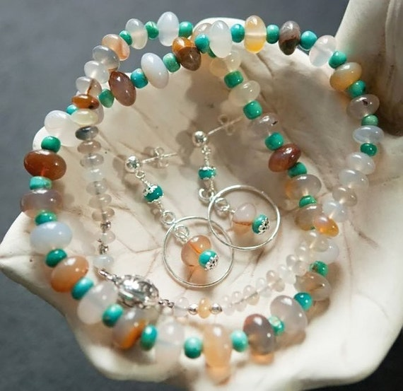 Carico Lake Turquoise and Montana Chalcedony Necklace and Earring Set