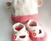 RESERVED for KrisJack70, SOFT Beech Wood, Pima Cotton Fibers - 3-6 mo Booties, Cream/Guava