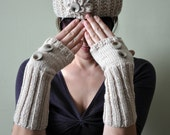 Oyster Heather Hat and Fingerless Glove Set