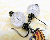 White, black and olive green earrings - Swarovski olivine squaredelles