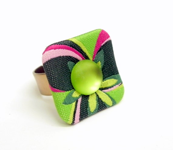 Fabric button Ring - Floral in green and pink -  Adjustable band