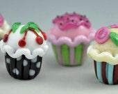 Cute colorful handmade cupcakes - Lampwork beads