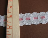 Vintage White and Pink Scallop Lace 1 yard