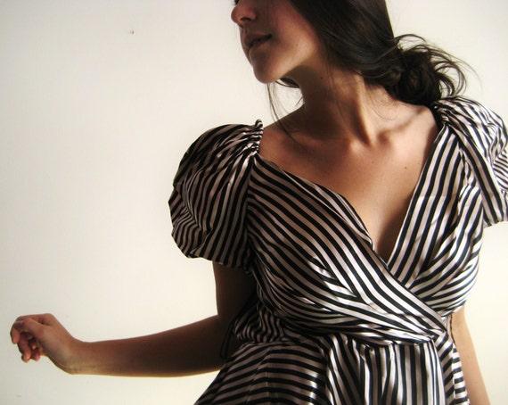 vintage (XS) Poof Striped Retro Mini Dress