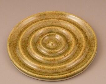 Shadow Green Circular Ceramic Soap Dish