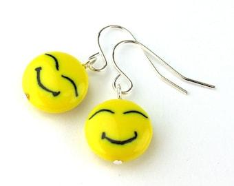 EE11141201) Yellow smiling face millefiori glass dangling earrings