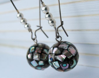 EE050108) Abalone shell ball earrings with kidney earwires