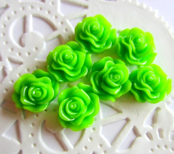 Green cabochon roses 12 petite resin flatback flower 13mm  jewelry supplies GRRC
