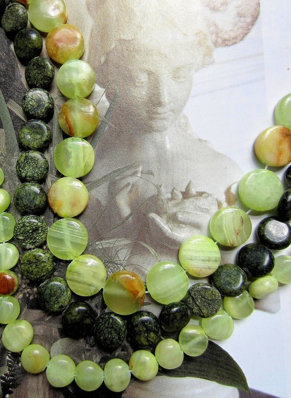 30 Gemstone beads green agate quartz assorted sizes moss1