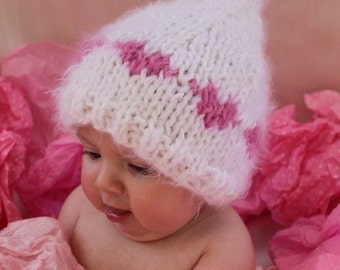 I Love You HEARTS BABY HAT - Knit Kiss or Beanie Hat for Baby, Photography Prop