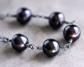 Crow Black Pearl Necklace, Peacock Black Freshwater Cultured Pearl Oxidized Sterling Silver Necklace - Rook