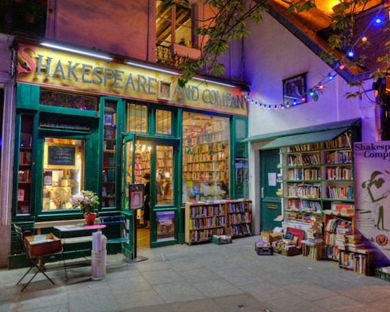 Paris photography shakespeare and company photo bookstore for Retro shop paris