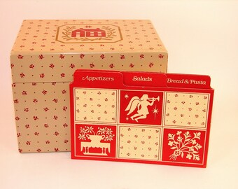 1982 Vintage Avon Country Christmas Recipe Card Box with the original Divider Cards
