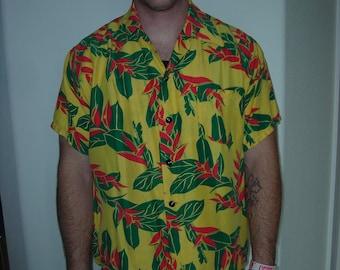 1950's-60's Hawaiian Rayon Shirt w/Tropical Design - Size M-L