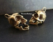 Sale, Human Skull, 2 TALKING HEADS, Jaws Moves, Quailty Pendants, Great for Earrings or Necklace supply