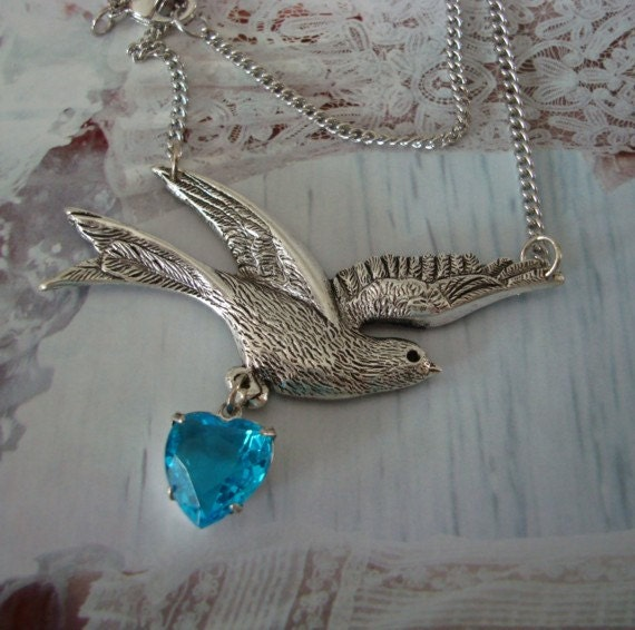 Heart Jewel, Silver Dove Bird, DELIVERY Of MY HEART, Necklace, Lovely Easter Gift, Vintage Heart Jewel Dangle