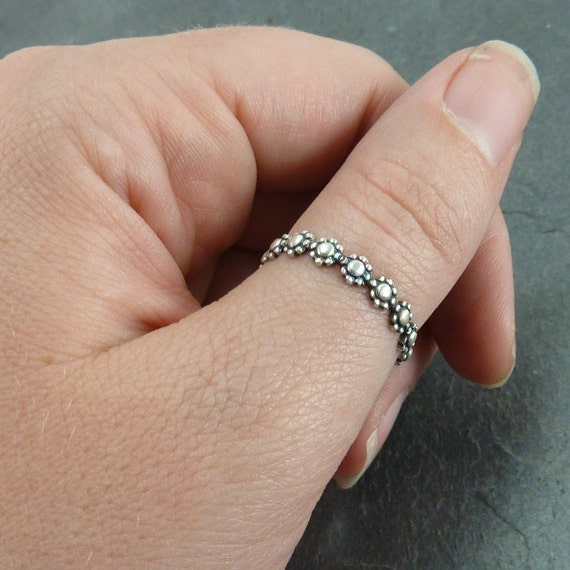 What Finger To Wear Wedding Ring: Custom Stack Ring Or Thumb Ring Daisy Chain Oxidized