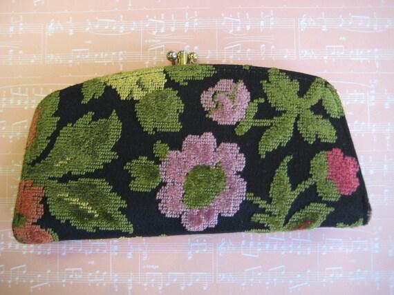 Adorable Vintage BOHO Tapestry Clutch
