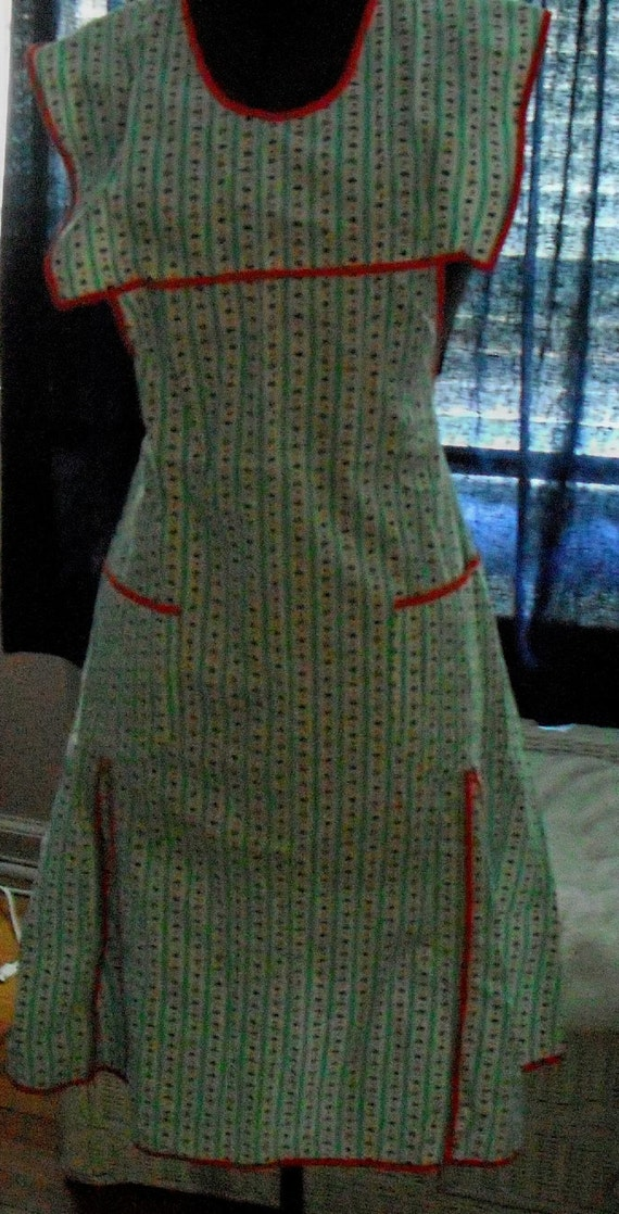 FORTIES FULL APRON - Definitely Vintage But Unworn -