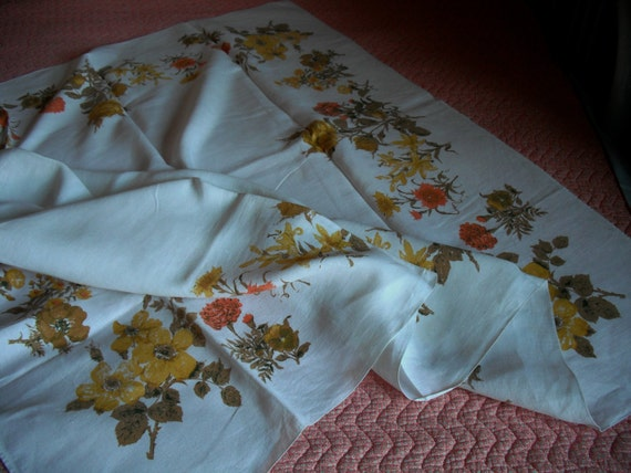 FIFTIES LINEN TABLECLOTH- Size 64 x 84 inches - Perfect for Dining Table