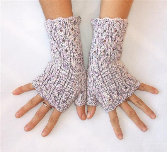 Elegant Fingerless Gloves - Cables and Lace - Beige