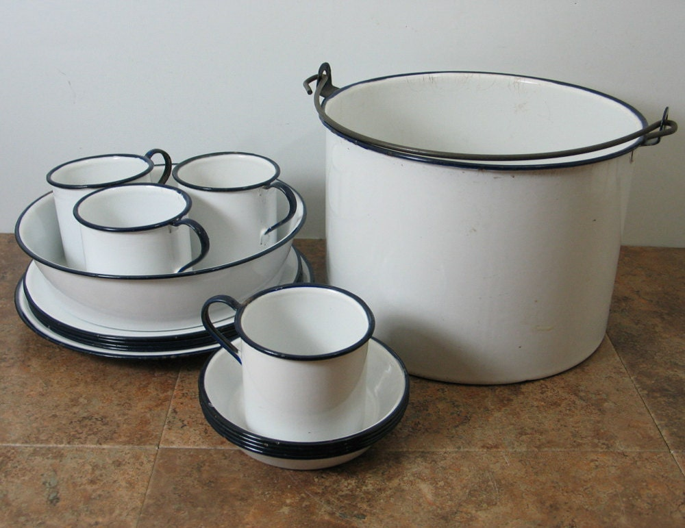 Enamelware Camping Set All Dishes Store Inside The Pot