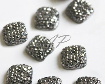 10 pcs of  10mm Faceted Round Cut  Metallic Gray Square Bead