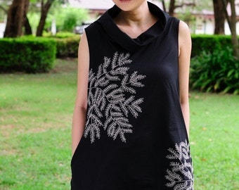 SALE 25 USD--BB005--Sound of wind  (Cotton Vest with embroidery)