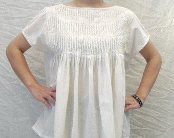SALE 26 USD--B166--Love is ( Cotton blouse with cute pleats)